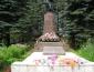 В 1959 году открыт памятник погибшим воинам Советской Армии на Зайцевой горе