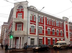 Здание школы №6 в калуге
