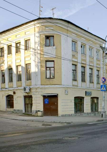 Здание бывшей гостиницы «Кулон»