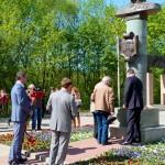 памятник жукову в калуге