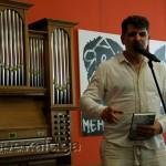 Владимир Вишневский читает стихи в городе калуге