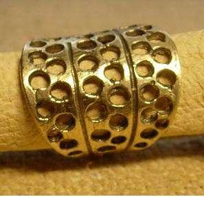 Решетчатый перстень вятичей калуга