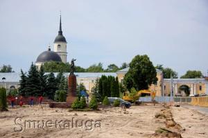 Работы по реконструкции площади Старый торг калуга