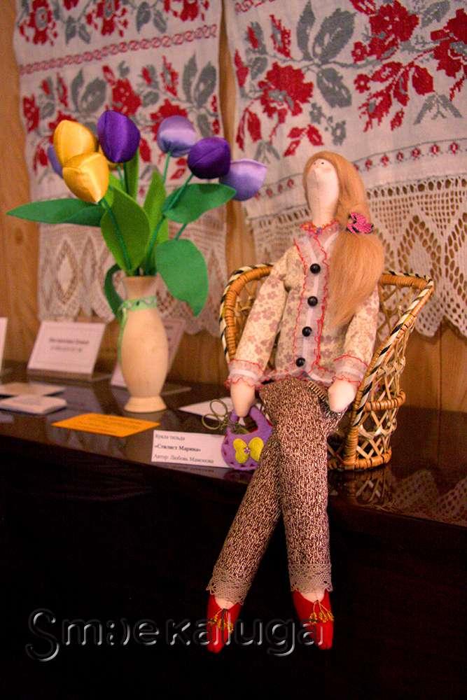 «В мире текстильной игрушки» живут сказочные герои, модницы и нарядные звери