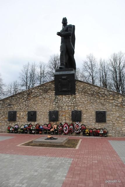 27 августа на мемориальном воинском кладбище пройдет торжественный митинг, которым откроется традиционный Автопробег по местам боевой славы