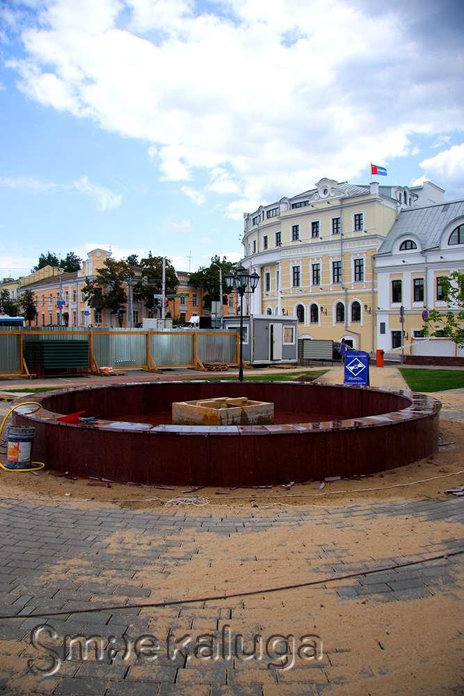 Площадь Старый Торг обретает новый облик