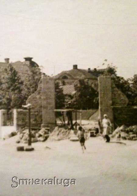 Благовещенская церковь (на месте сквера им. А. Т. Карпова)