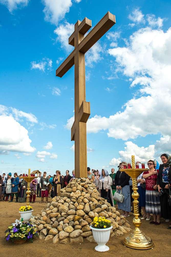 На территории древнего Серенска установили Поклонный крест в память о преподобном священномученике Кукше