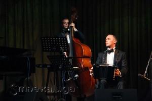 Иван Таланин (бандонеон) и Илья Алпеев (контрабас) калуга