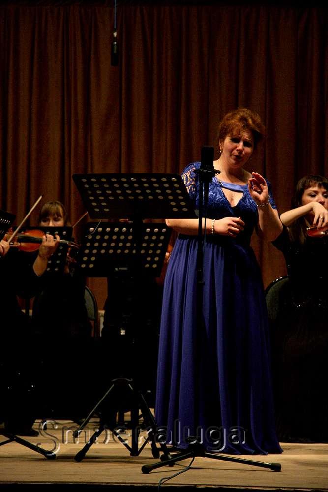 В Доме музыки была представлена новая программа: «Концерт хора с оркестром»
