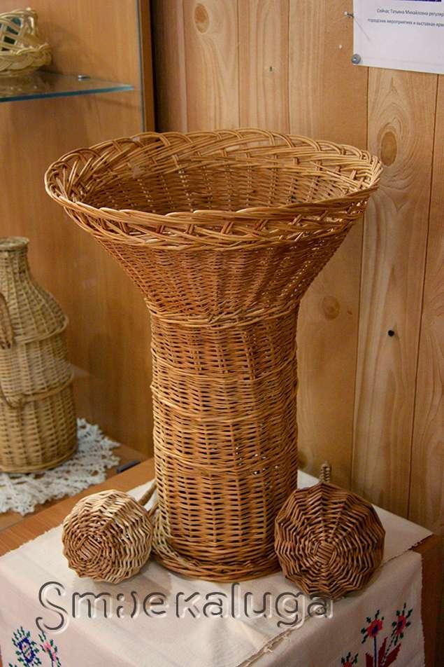 «Плетение из лозы»: в Доме мастеров открылась выставка Татьяны Пургиной