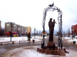 памятник матери калуга