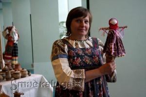 Участница выставки-ярмарки, мастер по традиционной кукле Татьяна Кочубей калуга