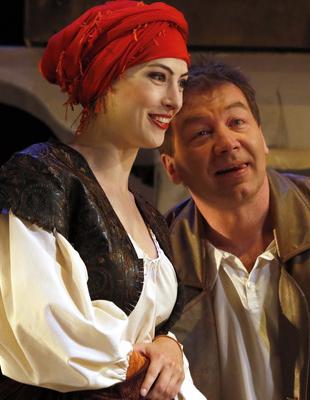 Романтическая мелодрама «Последняя женщина сеньора Хуана» в Калужском областном драматическом театре