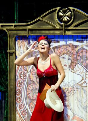 Комедия «Примадонны, или Шоу продолжается» в Калужском областном драматическом театре