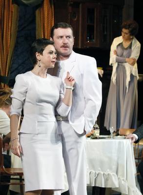 Спектакль «Русское варенье» в Калужском драматическом театре