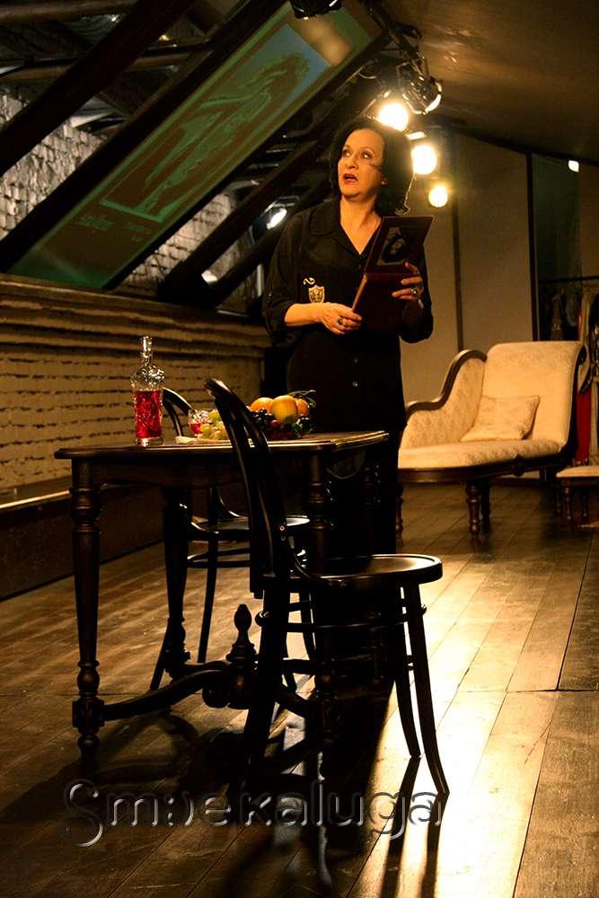 В Калужском драматическом театре прошла премьера моноспектакля о жизни Анны Маньяни