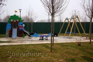 Одна из детских площадок калуга