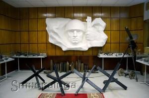 Барельеф в музее калуга