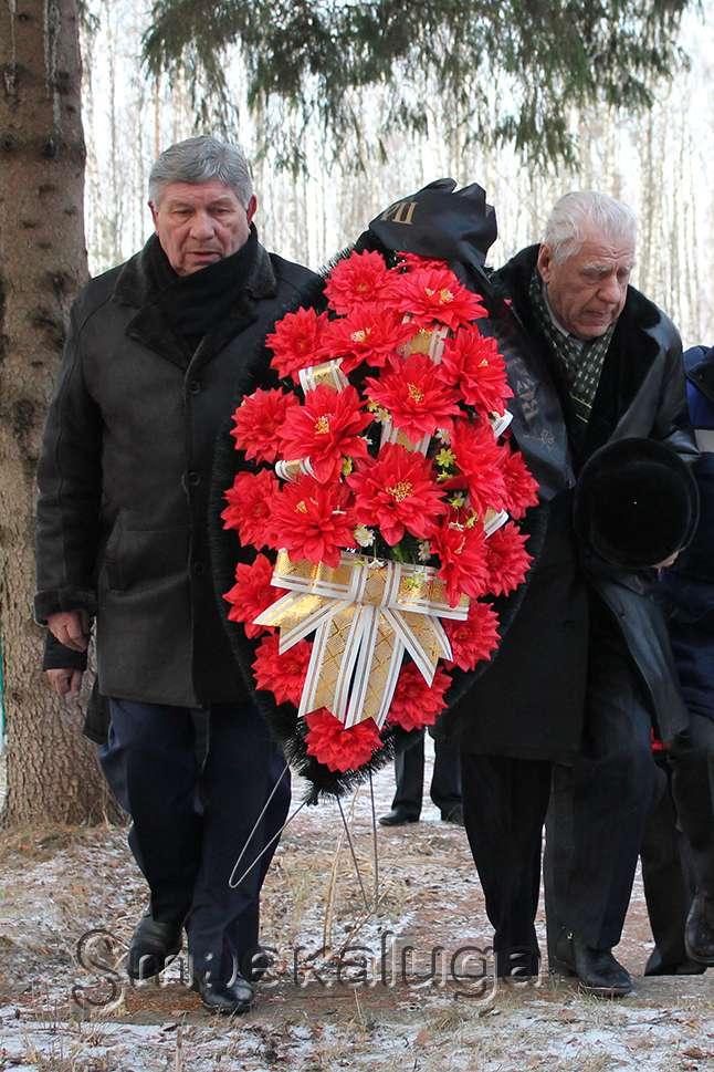 Под Спас-Деменском проведут реконструкцию мемориала «Гнездиловская высота»
