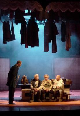 Комедия «Плоды просвещения» в Калужском областном драматическом театре