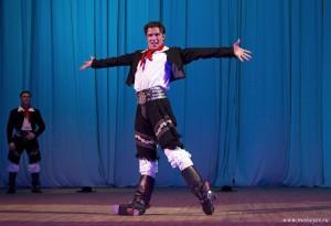 Государственный ансамбль народного танца имени Бориса Моисеева в калуге