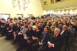 На торжетсвенном собрании в калуге