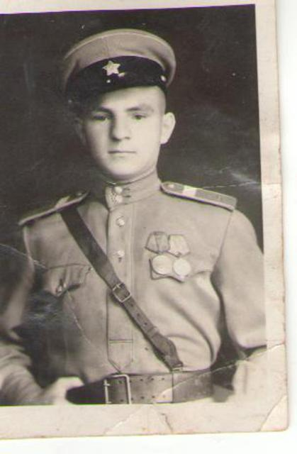 Калужан приглашают к участию в конкурсе «Семейные фотохроники Великих войн России» и фотоконкурсе «Семейный альбом»