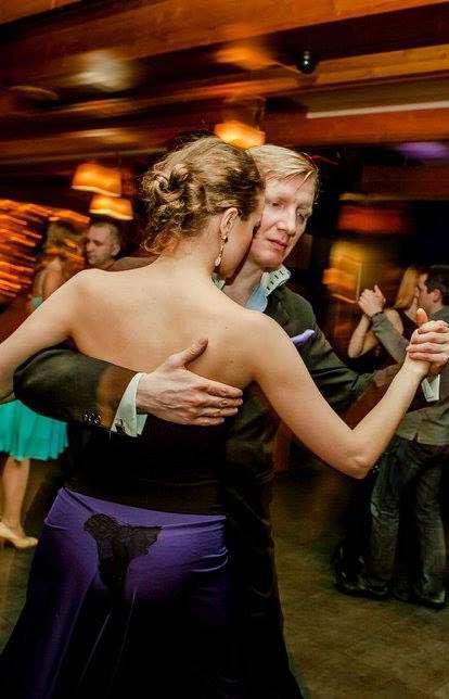 Калужское танго-сообщество встретило весну под музыку Пьяццоллы в исполнении танго-оркестра «Misterioso»