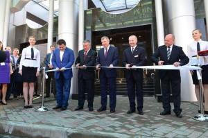 На церемонии открытия отеля калуга