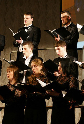 Калужскому муниципальному камерному хору исполнилось 14 лет