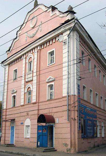 Калужане прошли по местам боёв в юго-восточной части города