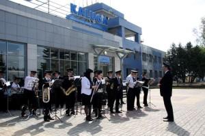 Гостей церемонии встреча Губернский духовой оркестр калуга