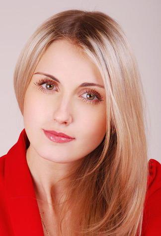 Анна Габчук: «Предпочитаю классический изобразительный язык, яркую цветовую гамму»