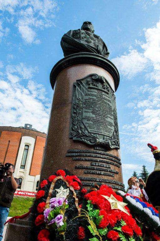 В Жукове вновь открылся международный патриотический фестиваль памяти полководца: теперь он станет ежегодным