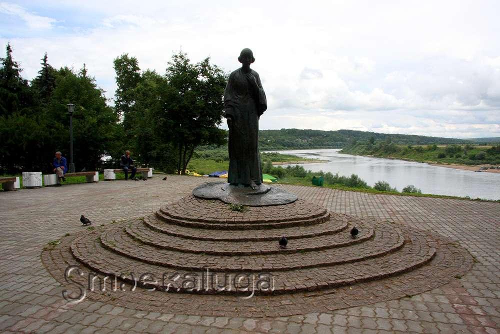 Туристско-информационный центр «Калужский край» приглашает на тур в Тарусу с участием в фестивале «Петухи и гуси в городе Тарусе»