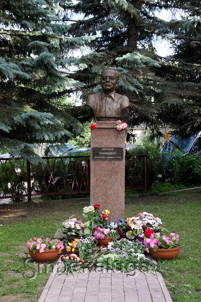 В Тарусе открыли первый в России памятник русскому поэту Николаю Заболоцкому