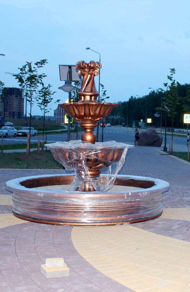 На улице 65 лет Победы на Правобережье появился фонтан