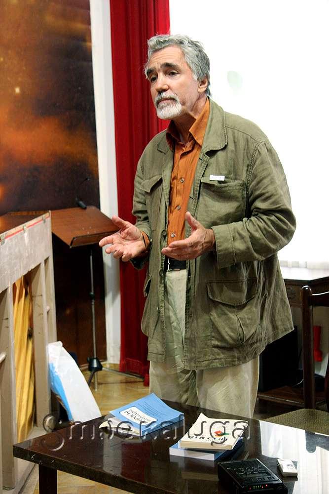 В Доме-музее Чижевского выступил известный русский и французский культуролог Валерий Байдин