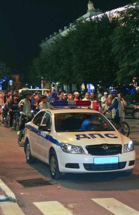 Первый ночной велопробег в Калуге собрал несколько сотен велосипедистов