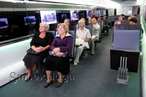 В первом вагоне предлагается посмотреть небольшой фильм калуга