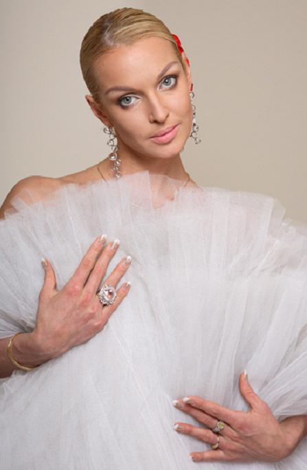 Анастасия Волочкова даст благотворительный концерт в Калуге