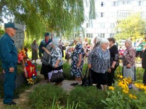 На церемонии открытия обелиска калуга