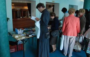 Выставка в фойе филармонии калуга