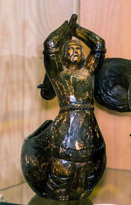 В Доме мастеров открыта выставка резьбы по дереву