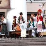 """На """"Анатовском привозе"""" гостей угощали кукурузой, яблоками, молоком калуга"""