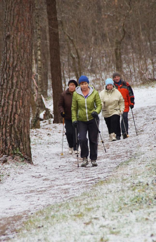 В Калуге открылся клуб скандинавской ходьбы и занятий лыжным спортом