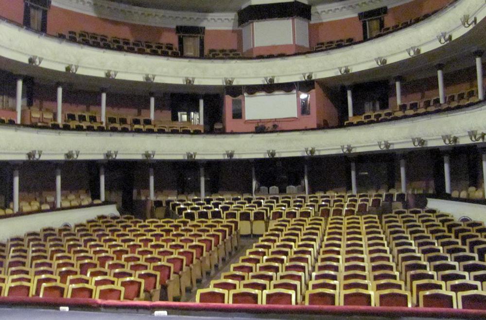Появился новый туристический маршрут, ведущий в закулисье Калужского областного драматического театра