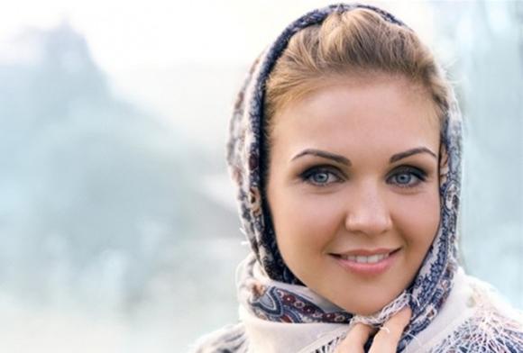 2 марта в Калужской областной филармонии выступит исполнительница народных песен и романсов Марина Девятова