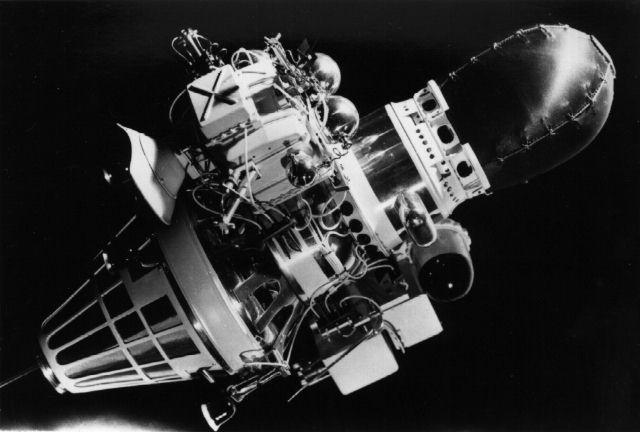 В Государственном музее истории космонавтики работает выставка, посвящённая 50-летию посадки на Луну станции «Луна-9»